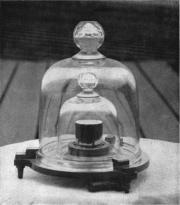 Gravitation: die schwere Masse und die Gewichtskraft – Schulphysikwiki